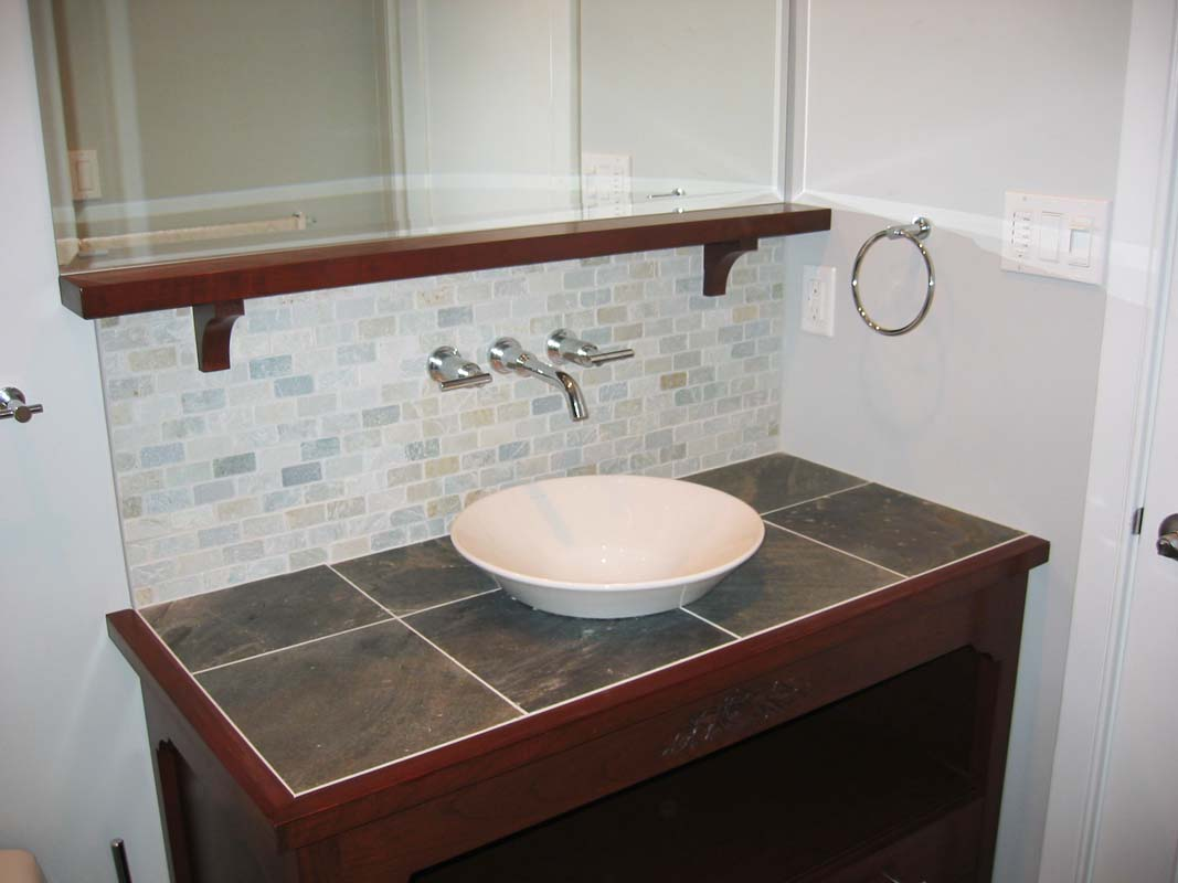 Bathroom renovation ideas home improvements in kitchener for Bathroom cabinets kitchener